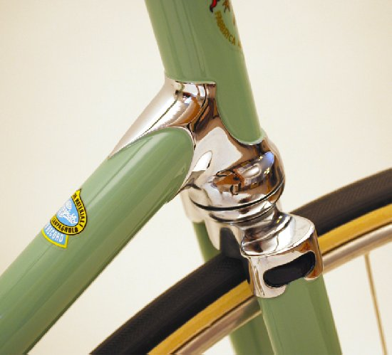 Bianchi Pista 1964 Bike Restoration - Lower head lug/Fork Crown