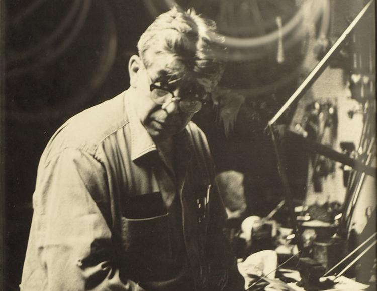 Oscar Wastyn in his workshop